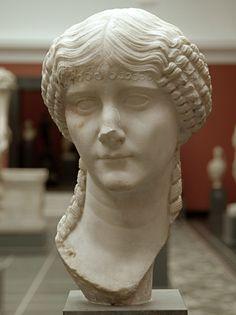 Woman, Roman bust (marble), 1st century AD, (Ny Carslberg Glyptotek, Copenhagen).