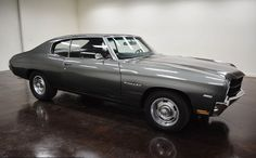 1970 Chevrolet Chevelle: with 2 doors and black on the inside to the outside and gray Turbo 350 automatic transmission, mileage of 4,740 miles and a 350 V8 engine with 15-inch wheels; Numbers wine used: 1363701505006 and the numbers do not match.  This vehicle is available for sale, please contact us on: www.misterdeals.com / or call us on: 08-05-08-02-81 if this vehicle you are interested.  Our prices are: 17,000 euros.