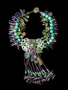 lila y turq Ethnic Jewelry, Jewelry Art, Beaded Jewelry, Fine Jewelry, Handmade Jewelry, Jewelry Necklaces, Jewelry Design, Jewelry Making, Unique Jewelry