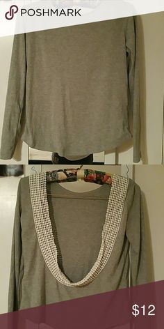 Backless long sleve top Perfect condition, worn once Tops Tees - Long Sleeve
