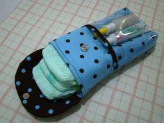 Porta Fraldas de bolsa  Produto sujeito a mudança de cores e tecidos. Produto sob encomenda.  Frete por conta do cliente!