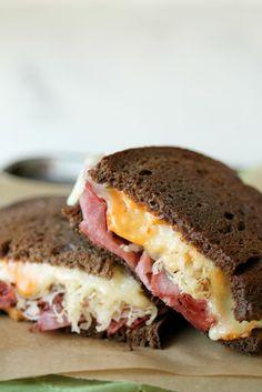 bakedreubensandwiches2