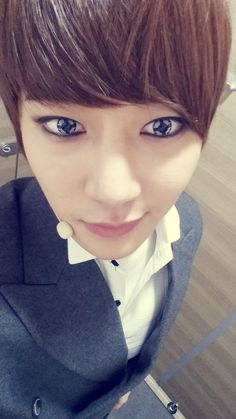 Jungwoo | SPEED ~ WOW HIS EYES :D