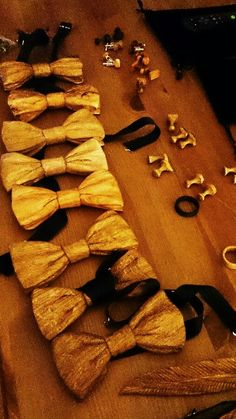 Bow ties and cuff links! www.woodenwearables.com Wooden Jewelry, Bow Ties, Cinnamon Sticks, Napkin Rings, Cufflinks, Boards, Artists, Jewellery, Inspiration