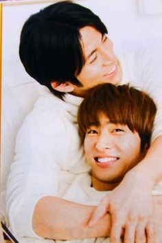 【V6】自由な三宅健を守る!5人の男達【メンバーが語る三宅の魅力】 - NAVER まとめ