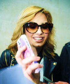 those sunglasses... I NEED THEM!