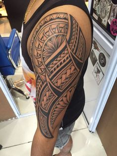 Samoan tattoo. For further inquiries kindly contact Yus at exotic@exotictattoopiercing.com.
