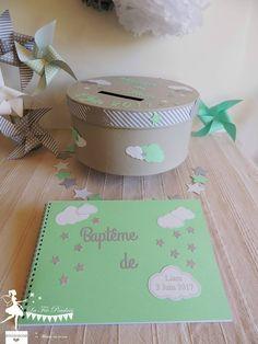Baptême thème étoiles et nuages Livre d'or et urne, étoiles marque place, moulins à vent, pompons et boîtes à dragées vert mint, gris,...