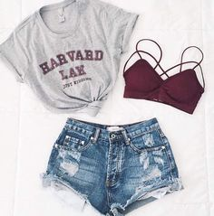 Total Look Outfit Inspiration T-Shirt Gray Harvard Knot Mini Shorts Jean De ., Total Look Outfit Inspiration T-Shirt Gray Harvard Knot Mini Shorts Jean Destroy Supports Red Throat. Teenage Outfits, Teen Fashion Outfits, Cute Fashion, Shorts Outfits For Teens, Denim Outfits, Fashion Games, Jugend Mode Outfits, Cute Casual Outfits, Cute Summer Outfits For Teens