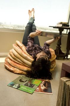 stack o'pancakes floor cushions with pats o'butter accents. omigoshomigoshomigosh! WANT