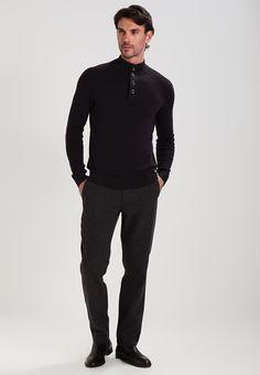 ¡Consigue este tipo de pantalón básico de Pier One ahora! Haz clic para ver los detalles. Envíos gratis a toda España. Pier One Pantalón de tela mottled dark grey: Pier One Pantalón de tela mottled dark grey Ropa   | Material exterior: 48% poliéster, 21% lana, 14% algodón, 12% viscosa, 3% poliamida, 2% poliacrílico | Ropa ¡Haz tu pedido   y disfruta de gastos de enví-o gratuitos! (pantalón básico, basic, basico, basica, básico, basicos, casual, clasica, clásico, clasicas, clá...