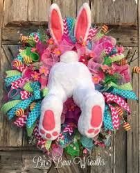Easter Mesh Wreath Bunny Wreath Bunny Butt Spring by BaBamWreaths by toni Easter Wreaths, Holiday Wreaths, Spring Wreaths, Summer Wreath, Easter Crafts, Kids Crafts, Decor Crafts, Diy Ostern, Diy Wreath