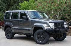2012 Jeep Liberty $14995 http://www.selectjeeps.com/inventory/view/9403537