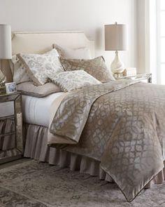 Schlafzimmer Bett, Hauptschlafzimmer, Schlafzimmerdeko, Schlafzimmer Ideen,  Luxusbettwäsche, Bettwäschekollektionen, Bettdesign,