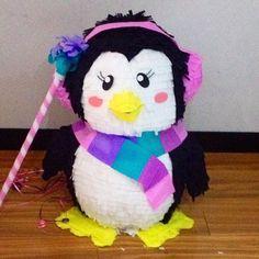 Pingüinita lista para el frio #piñata #pinguino #fiestasinfantilesbogota #fiestastematicas #piñapiñatas #bogota