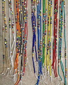 Diy Beaded Rings, Beaded Choker, Beaded Jewelry, Diy Jewelry, Beaded Bracelets, Necklaces, Waist Beads African, Green Velvet Pillow, Waist Jewelry