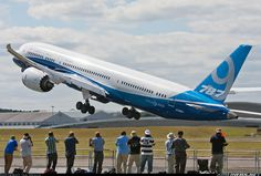 Boeing 787-9 at the Farnborough International Airshow 2014