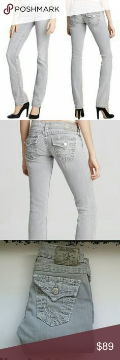 💙True Religion💙 Billy Super T straight leg Color : seal (grey)  Size 24 TTS EUC Gently worn with no fraying or issues.   NO TRADES Reasonable Offers Considered on individual items from my closet and bundles! True Religion Jeans Straight Leg
