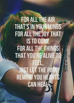 Paramore lyrics hate to see your heart break