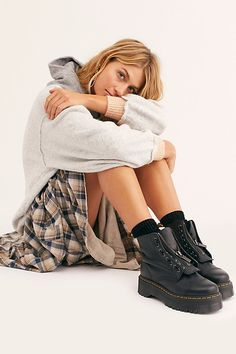 Martens Sinclair Zip Front Boot at Free People, Black, US 7 Dr. Martens, Tokyo Street Fashion, Style Grunge, Soft Grunge, Mode Outfits, Grunge Outfits, Vans Authentic, Timberland Boots, Timberland Outfits
