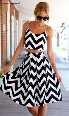 2015 Black & white stripe Two pieces backless knee length dress: