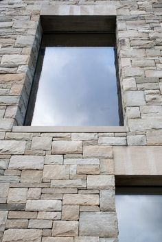 Image 9 of 24 from gallery of House in Blacksod Bay / Tierney Haines Architects. Photograph by Stephen Tierney Stone Cladding Exterior, House Cladding, Brick Architecture, Architecture Details, Houses In Ireland, Window Reveal, Window Detail, Country House Design, Small Courtyards