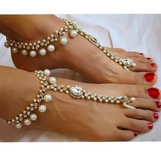 Diamante kundan Payal Anklet. Barefoot Sandals Indian Wedding Foot Jewelry Anklets gold Payal. Pearl Wedding Anklets. Gold pearl barefoot Wedding sandals