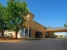 Winchester (KY) Quality Inn and Suites Winchester United States, North America The 3-star Quality Inn and Suites Winchester offers comfort and convenience whether you're on business or holiday in Winchester (KY). Offering a variety of facilities and services, the hotel provides all you need for a good night's sleep. Take advantage of the hotel's 24-hour front desk, facilities for disabled guests, express check-in/check-out, Wi-Fi in public areas, car park. Some of the well-app...
