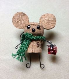 These 11 Christmas Wine Cork Crafts Are DIYs You Don't Wanna Miss! From decor to gift labels, who knew cork screws were so useful? cork crafts Christmas Wine Cork Crafts: 11 Christmas DIYs That'll Make You go Aww Wine Craft, Wine Cork Crafts, Wine Bottle Crafts, Champagne Cork Crafts, Crafts With Corks, Champagne Corks, Wine Bottles, Christmas Wine, Homemade Christmas