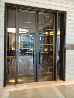 Door Retail Facade, Door Gate Design, External Doors, Bathroom Doors, Luxury Homes Interior, Steel Doors, Entrance Doors, Office Interiors, Glass Door