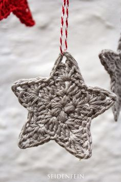 11 ✰ Sternchen-Anhänger * Diy * Crochet Some Stars - Page 3 of 31 - Free Crochet Patterns Crochet Diy, Crochet Motifs, Love Crochet, Crochet Patterns For Beginners, Knitting For Beginners, Knitting Patterns, Easy Knitting Projects, Crochet Projects, Decoration Gris