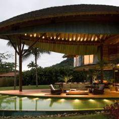 Casa Folha: Terraços Tropical por Mareines+Patalano Arquitetura