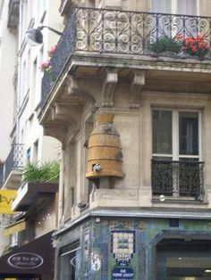 Beehive in Paris