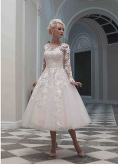 New Custom Sexy A Line Scoop Tea Length Lace Long Sleeve Tulle Vintage Short Wedding Dresses 2014 US $99.99