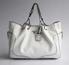 white| Prada Bag @yourbag.yourlife http://yourbagyourlife.com/