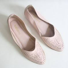 Size 9 Pink  Woven Leather Shoes by nstylevintage on Etsy, $34.00