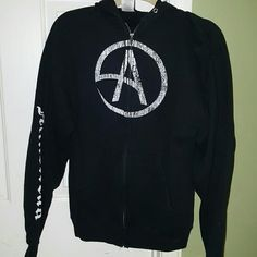 "Criss Angel zip up hoodie. ""Criss Angel Mind Freak"" on back. ""Mind Freak"" on sleeve. Slightly worn great condition."