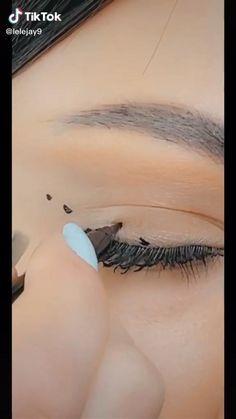 Edgy Makeup, Makeup Eye Looks, Eye Makeup Steps, Eye Makeup Art, Cute Makeup, Eyebrow Makeup, Eyeshadow Makeup, Makeup Tips, Skin Makeup