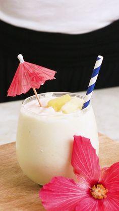 Virgin Pina Colada Smoothie Recipe, Frozen Pina Colada, Non Alcoholic Pina Colada Recipe, Pina Colada Mocktail, Virgin Cocktails, Non Alcoholic Cocktails, Virgin Cocktail Recipes, Smoothie Drinks, Coffee Recipes