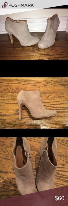 ALDO Suede Booties ALDO taupe suede bootie heels. Gently worn. Size 8. Aldo Shoes Ankle Boots & Booties