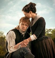 Jamie and Claire Fraser Outlander Season 4 Outlander Serie, Outlander Season 4, Outlander Fan Art, Sam Heughan Outlander, The Outlander, Outlander Quotes, Jamie Fraser, Claire Fraser, British American
