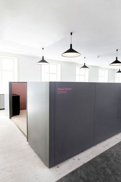 work station signage. office interior design, HelleFlou,design,interiors