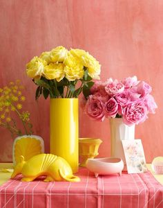 Pink with Yellow Mellow Yellow, Pink Yellow, Pink White, Lemon Yellow, Roses Photography, Yellow Cottage, Rose Cottage, Beautiful Flower Arrangements, Pink Lemonade