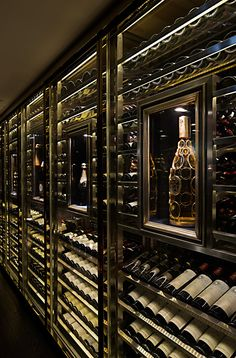 Favorites for Friday – Four Years Later Turn your basement into a wine cellar!Turn your basement into a wine cellar! Luxury Life, Luxury Living, Luxury Homes, Cave A Vin Design, Wine Cellar Design, Wine Cellar Modern, Glass Wine Cellar, Home Wine Cellars, Wine Display