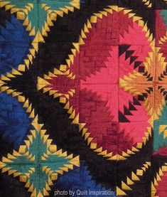 Let's begin the week on a small scale! In a true miniature quilt, the blocks are often scaled down from to only Some of the pieced q. Crazy Quilt Blocks, Quilt Block Patterns, Pattern Blocks, Crazy Quilting, Log Cabin Quilts, Log Cabins, Beginning Quilting, Pineapple Quilt, Miniature Quilts