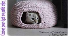 Tutoriel en PDF Cocoon pour chat ou petit chien à télécharger gratuitement. Un document bien détaillé qui explique comment réaliser facilement un cocoon fait en t-shirt recylé pour nos petits compagnons. Vous trouverez toutes les étapes à suivre ainsi les fournitures et les explications.