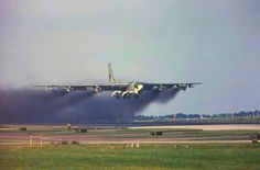 .Smoky B-52G Takeoff Military Jets, Military Aircraft, Air Force Pictures, B52 Bomber, Us Bombers, Strategic Air Command, B 52 Stratofortress, American Air, Work Horses