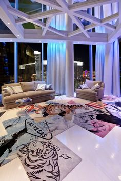 Spectacular Penthouse Design in Las Vegas by Mark Tracy
