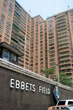 BROOKLYN | File:Brooklyn-Crown Heights Ebbets Field Apartments.jpg - Wikimedia ...