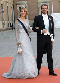 Princess Madeleine and Crown Princess Victoria of Sweden lead the royal guests at Prince Carl Phillip's wedding - Photo 11 | Celebrity news in hellomagazine.com